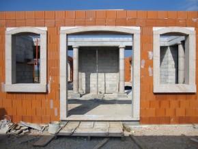 Encadrement de fenêtres et portes fenêtres